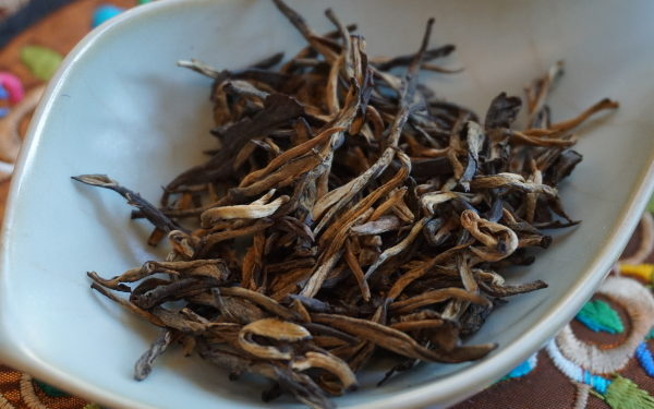 2016 Ancient Trees Yunnan Red